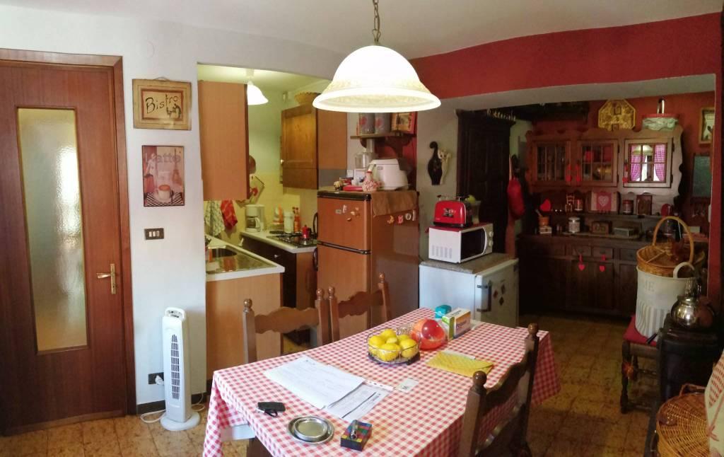 Villa in vendita a Garessio, 6 locali, prezzo € 75.000 | PortaleAgenzieImmobiliari.it