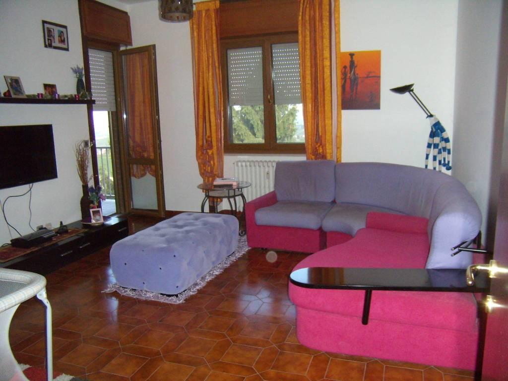 Appartamento in affitto a Calosso, 4 locali, prezzo € 430 | PortaleAgenzieImmobiliari.it