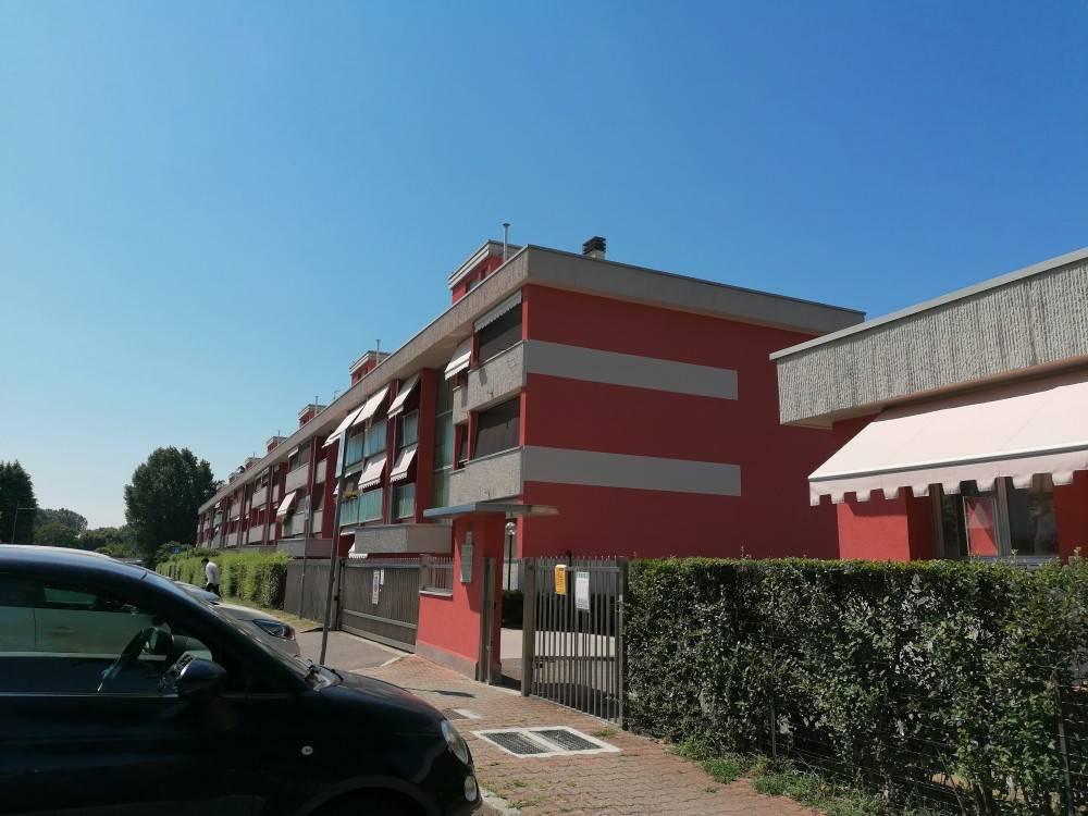 Appartamento in vendita a San Donato Milanese, 3 locali, prezzo € 290.000 | PortaleAgenzieImmobiliari.it