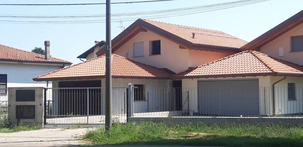 Villa in vendita a Ferno, 4 locali, prezzo € 325.000   PortaleAgenzieImmobiliari.it