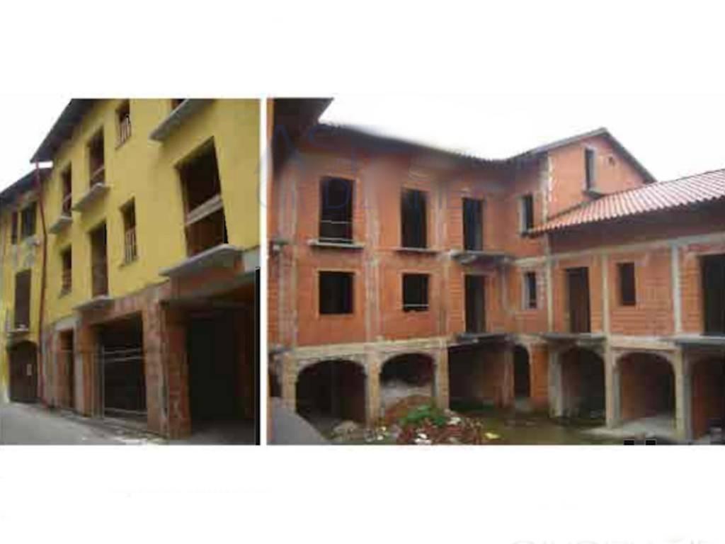 Palazzo / Stabile in Vendita a Cuorgnè