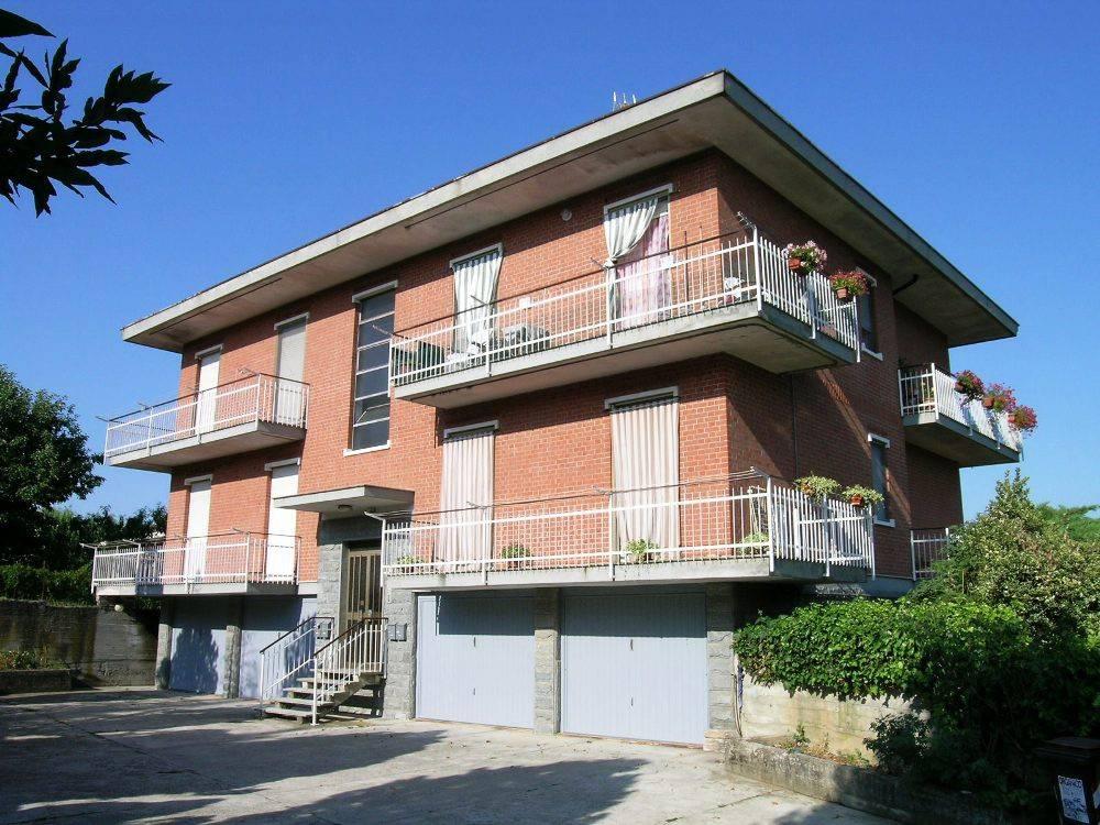 Appartamento in vendita a Cerrina Monferrato, 4 locali, prezzo € 80.000 | CambioCasa.it
