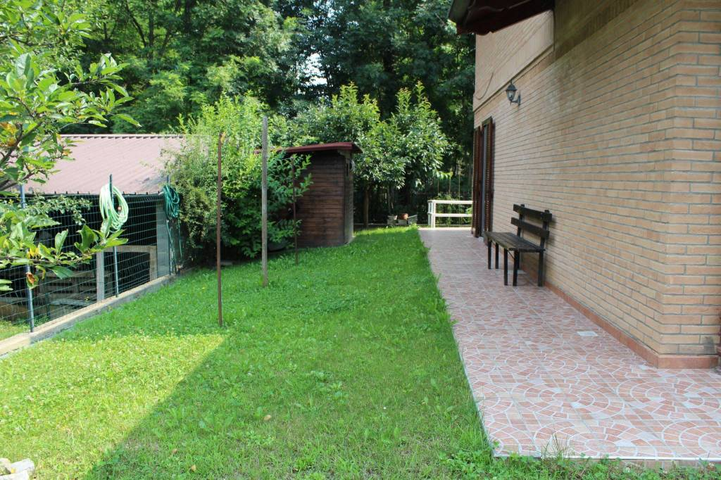 Foto 1 di Villa via Torino 2BIS, La Cassa