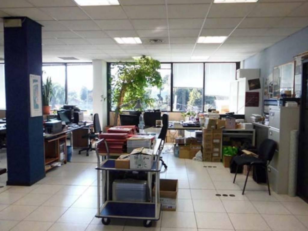 Ufficio / Studio in vendita a Volpiano, 6 locali, prezzo € 35.000   PortaleAgenzieImmobiliari.it