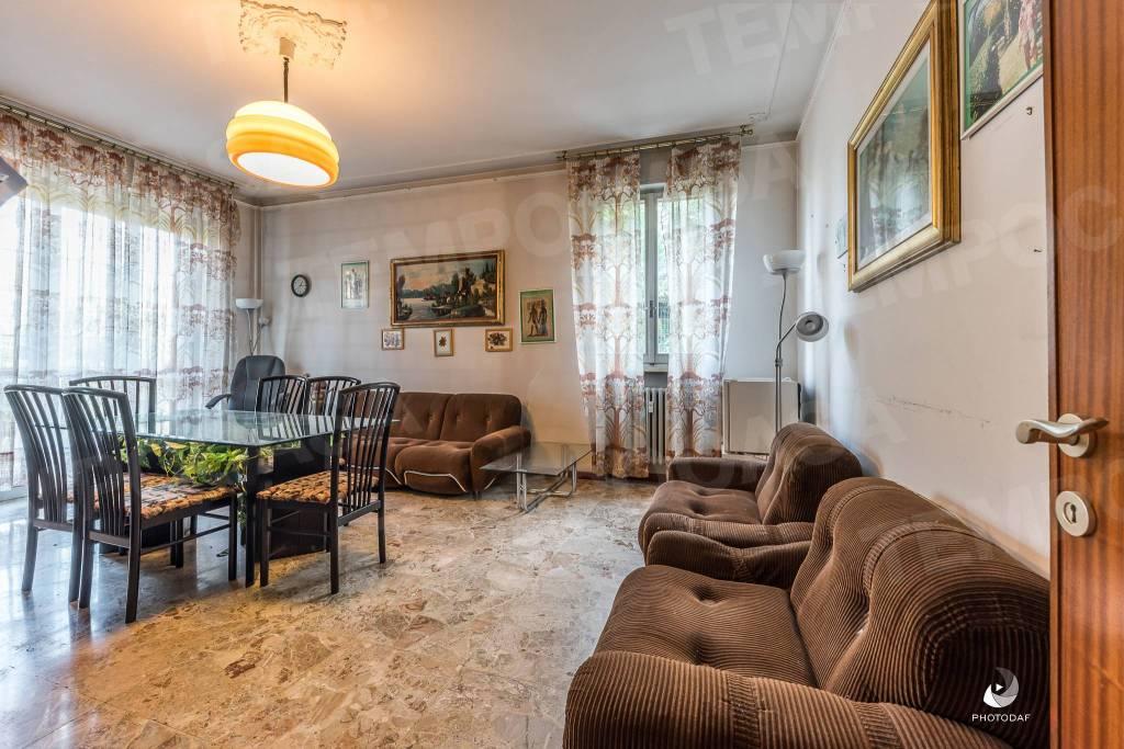 Appartamento in Vendita a Reggio Emilia: 4 locali, 115 mq