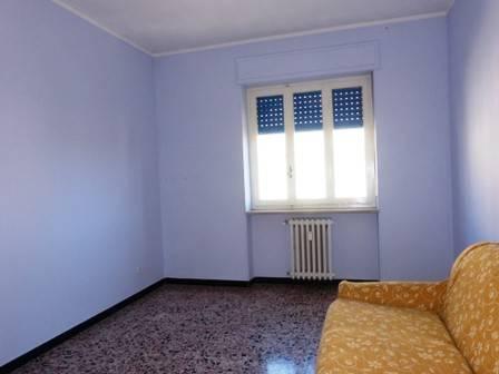 Appartamento in vendita a Fossano, 3 locali, prezzo € 42.000   CambioCasa.it