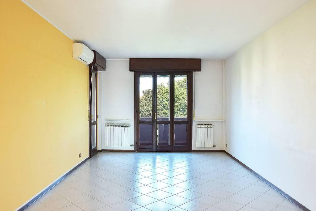 Appartamento in vendita via per Trezzo sull'Adda 39 Vaprio d'Adda