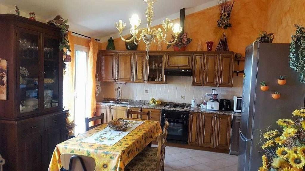 Appartamento in vendita a Castellaro, 4 locali, prezzo € 220.000 | PortaleAgenzieImmobiliari.it