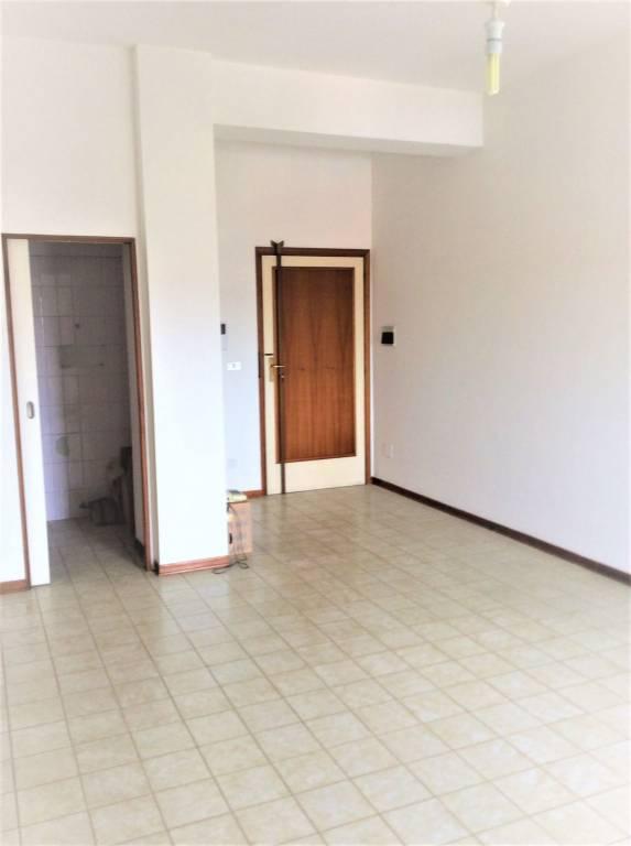 Appartamento in Vendita a Rimini Centro: 3 locali, 53 mq