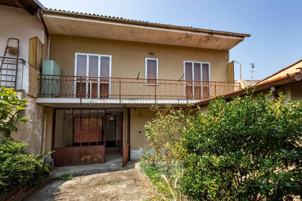 Foto 1 di Villa via Giuseppe Garibaldi 25, Rondissone