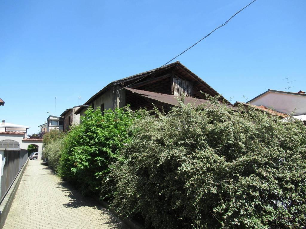 Rustico / Casale in vendita a Bellinzago Lombardo, 9999 locali, prezzo € 525.000 | PortaleAgenzieImmobiliari.it