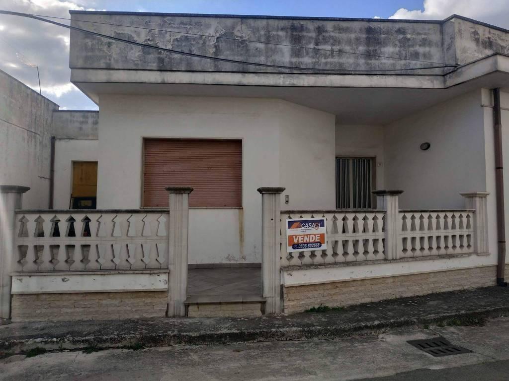 Appartamento in vendita a Giurdignano, 7 locali, prezzo € 165.000   PortaleAgenzieImmobiliari.it