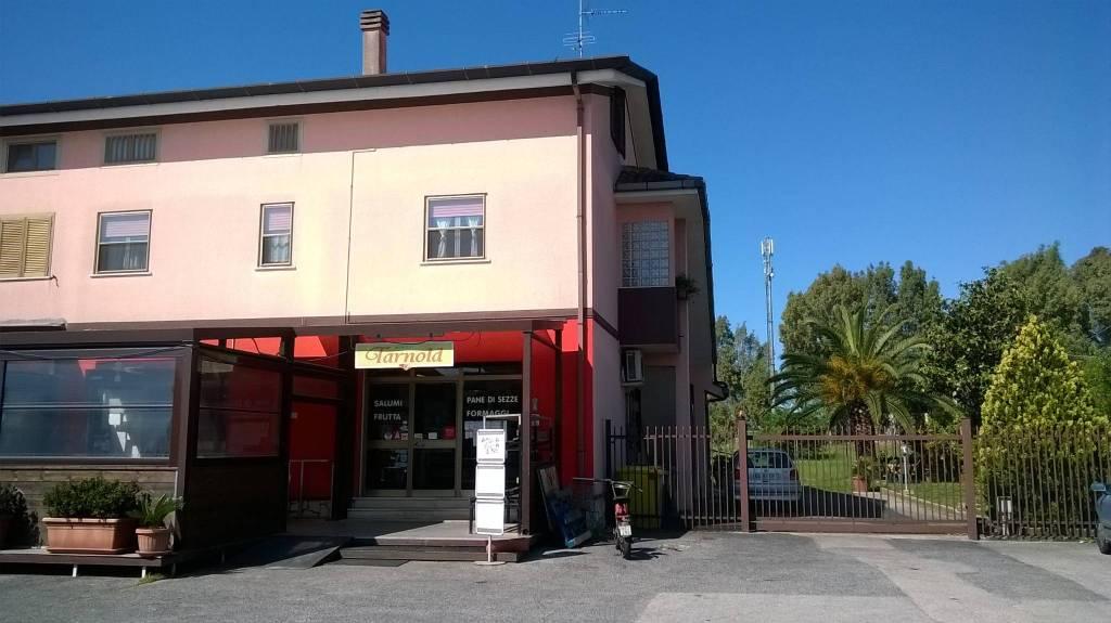 Locale commerciale di 100 mq a Borgo Isonzo