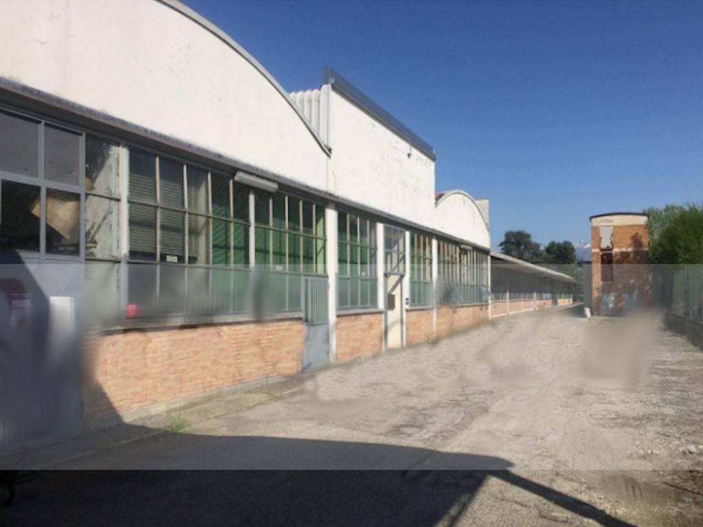 Capannone in vendita a Ivrea, 6 locali, prezzo € 235.000 | PortaleAgenzieImmobiliari.it