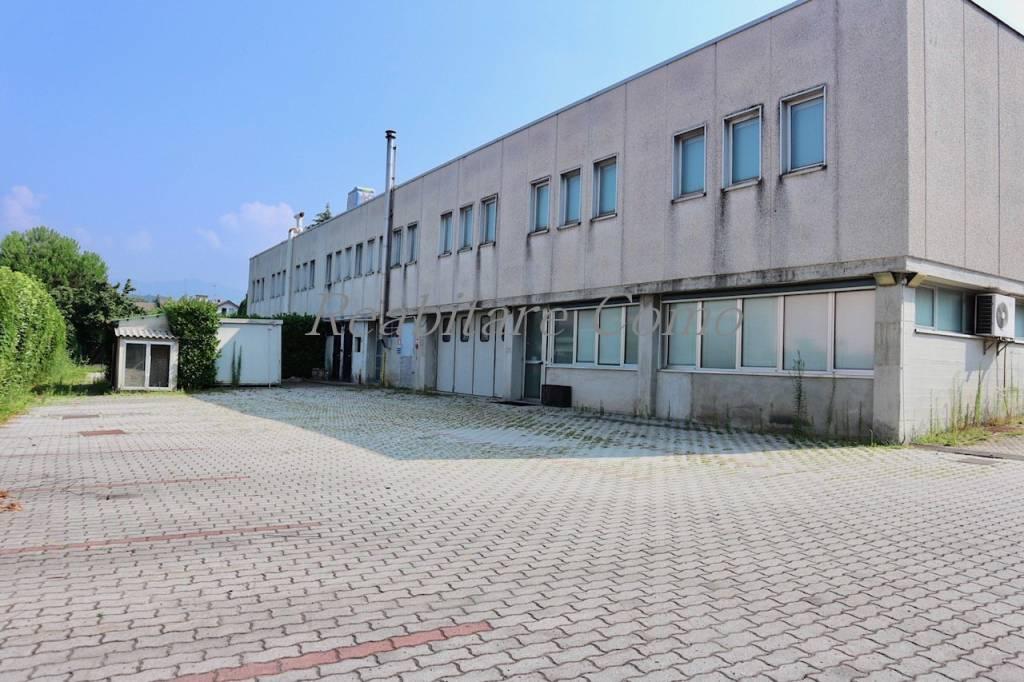 Capannone in vendita a Cantù, 6 locali, prezzo € 1.350.000 | PortaleAgenzieImmobiliari.it
