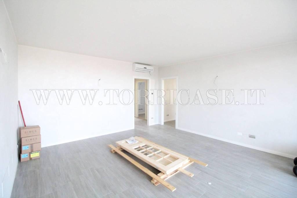 Appartamento in vendita a Seriate, 4 locali, prezzo € 261.000 | PortaleAgenzieImmobiliari.it