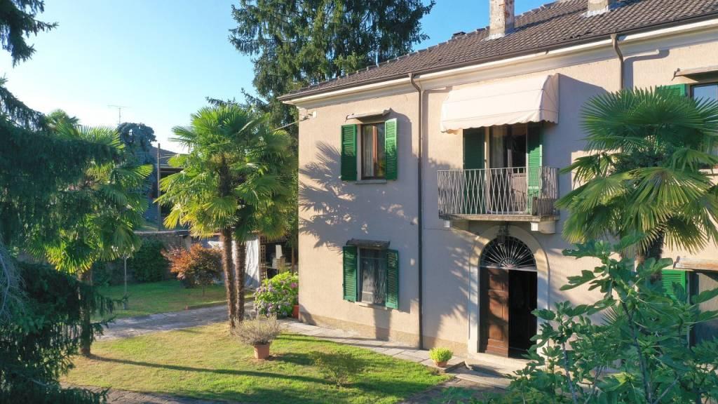 Villa in vendita a Pogno, 7 locali, prezzo € 360.000 | PortaleAgenzieImmobiliari.it