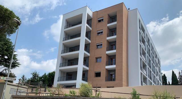 Appartamento in vendita via Bogliasco Roma