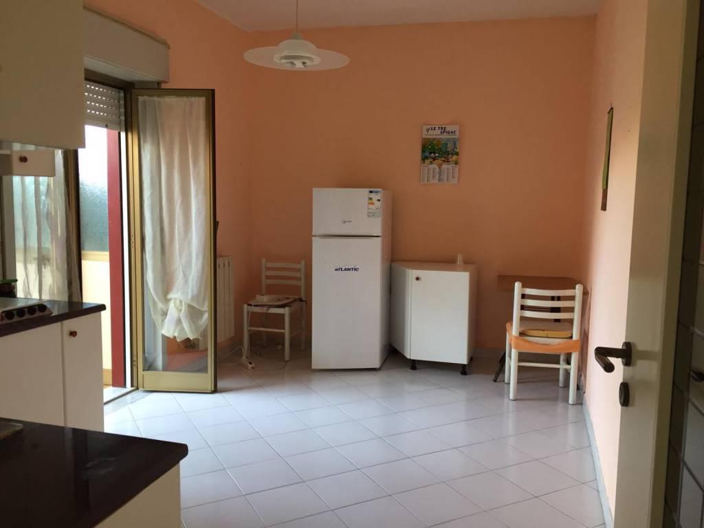 Appartamento in vendita a Riposto, 3 locali, prezzo € 75.000   PortaleAgenzieImmobiliari.it