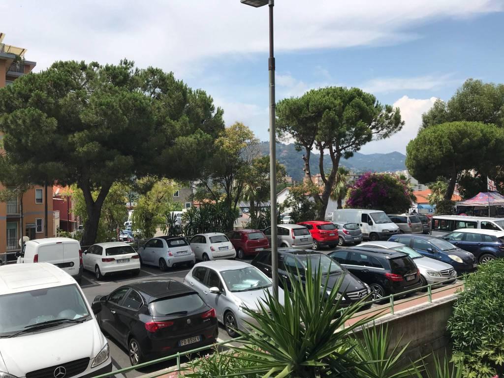 Appartamento in vendita a Vallecrosia, 2 locali, prezzo € 135.000 | CambioCasa.it