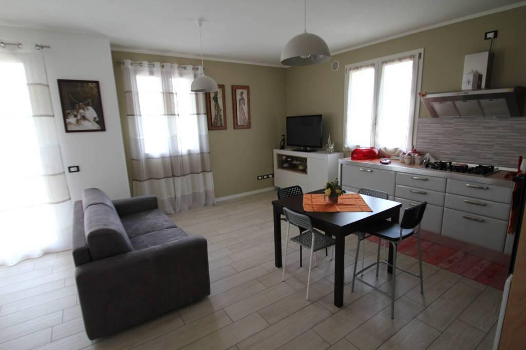 Appartamento in Vendita a Savignano Sul Rubicone: 3 locali, 78 mq