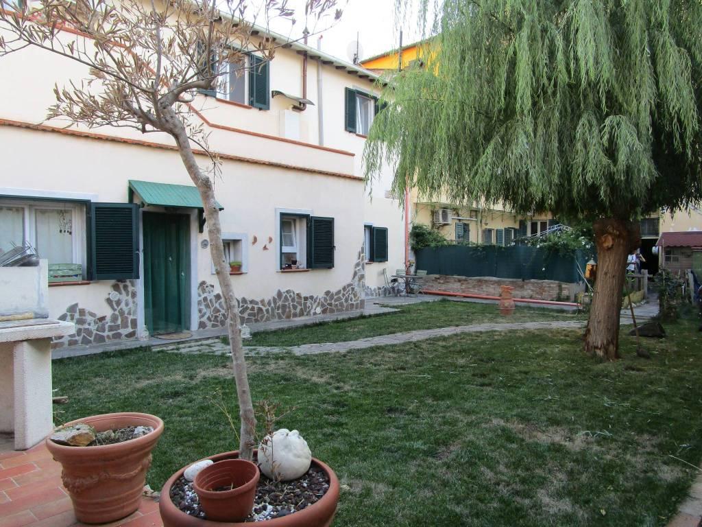 Casa indipendente in Vendita a Livorno Centro: 4 locali, 100 mq