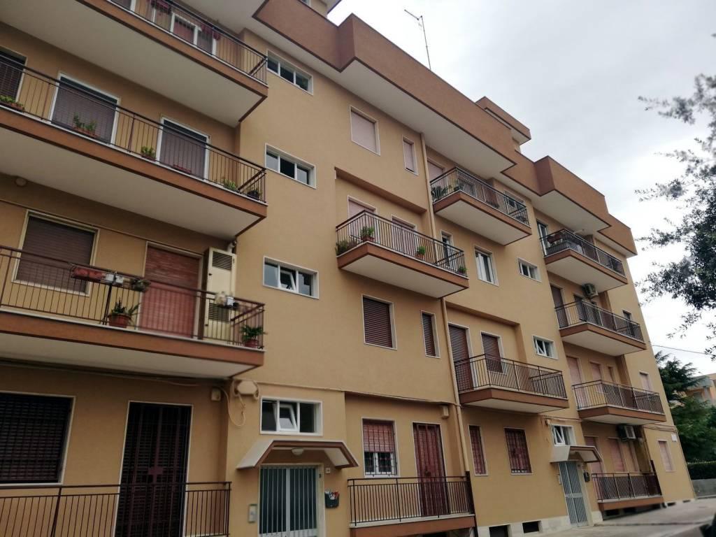 Foto 1 di Appartamento viale Longo, Fasano