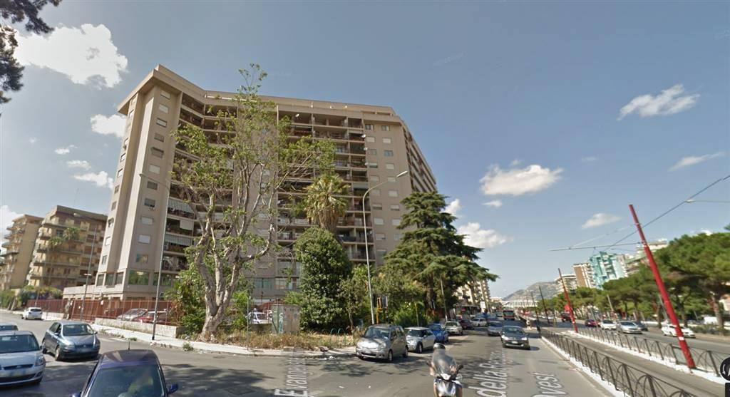 Foto 1 di Appartamento viale della Regione Siciliana, Palermo (zona Borgonuovo - Passo di Rigano - Uditore - Cruillas)