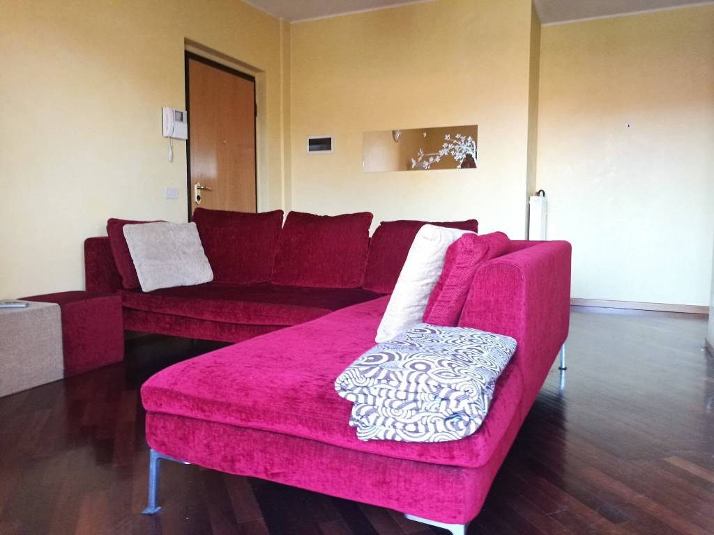 Appartamento in vendita a San Vittore Olona, 2 locali, prezzo € 153.000 | CambioCasa.it