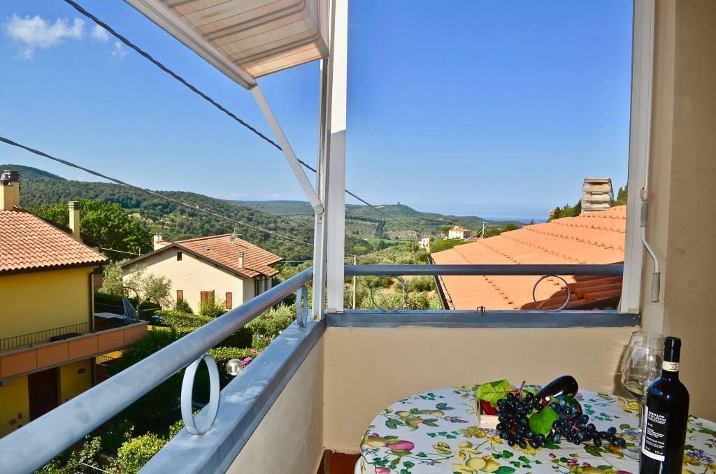 Appartamento in vendita a Castagneto Carducci, 3 locali, prezzo € 160.000   CambioCasa.it