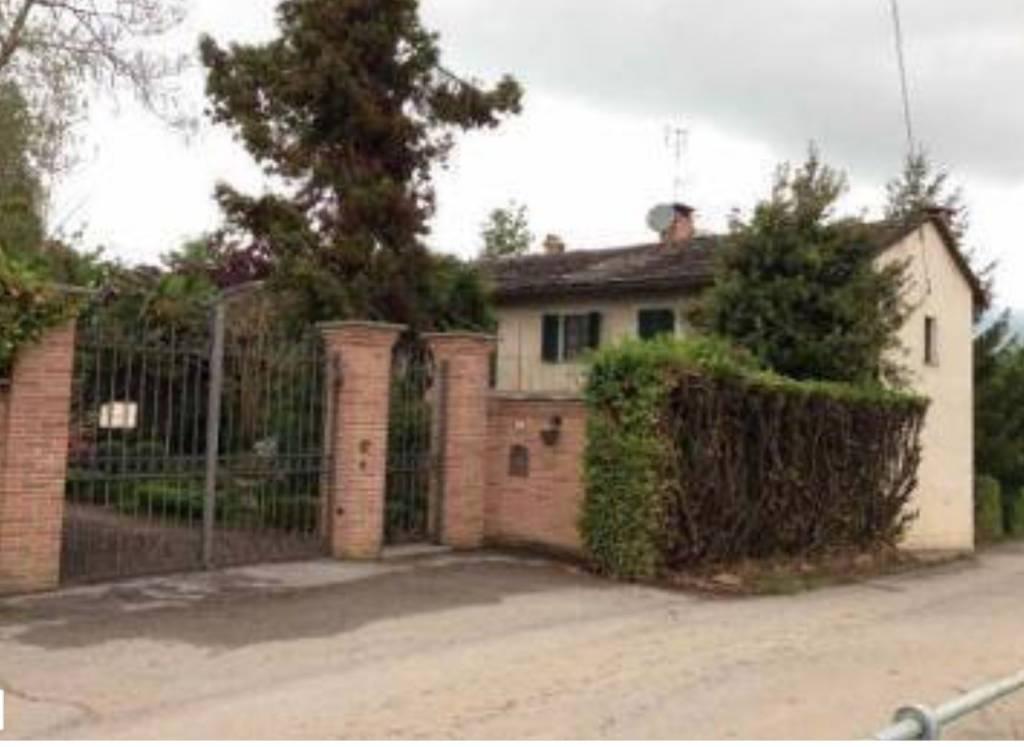 Appartamento in ottime condizioni in vendita Rif. 8926776