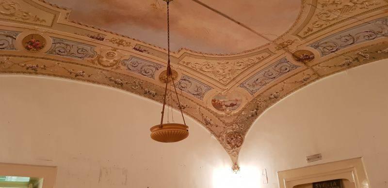 Foto 1 di Appartamento via Salvator Rosa 48, Napoli