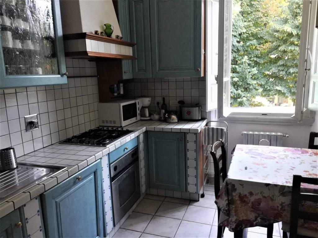 Appartamento In Affitto Con Doppi Servizi A Firenze