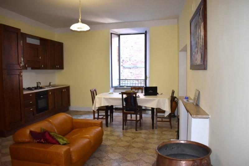Appartamento in Vendita a Citta' Della Pieve Centro: 4 locali, 120 mq