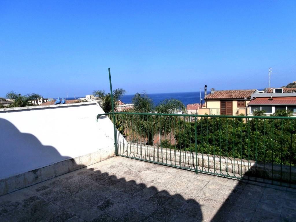 Appartamento in vendita a Aci Castello, 3 locali, prezzo € 148.000 | PortaleAgenzieImmobiliari.it