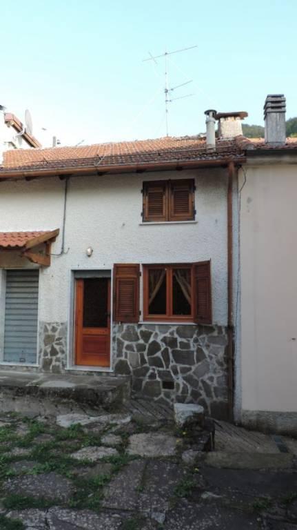 Soluzione Indipendente in vendita a Santo Stefano d'Aveto, 3 locali, prezzo € 25.000 | PortaleAgenzieImmobiliari.it
