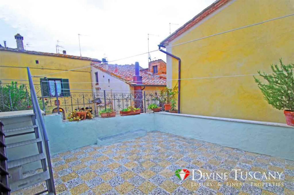 Casa Indipendente in buone condizioni in vendita Rif. 8407648