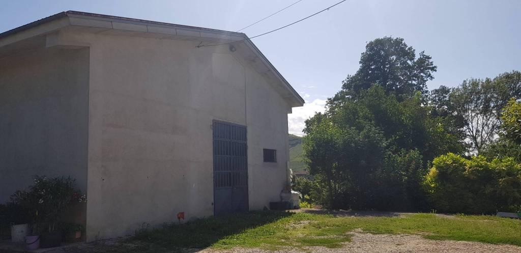 Loft / Openspace in vendita a Trezzo Tinella, 5 locali, prezzo € 78.000 | PortaleAgenzieImmobiliari.it