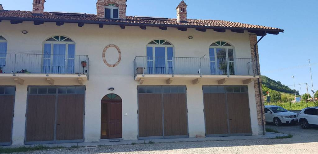 Appartamento in affitto a Vezza d'Alba, 4 locali, prezzo € 500 | PortaleAgenzieImmobiliari.it