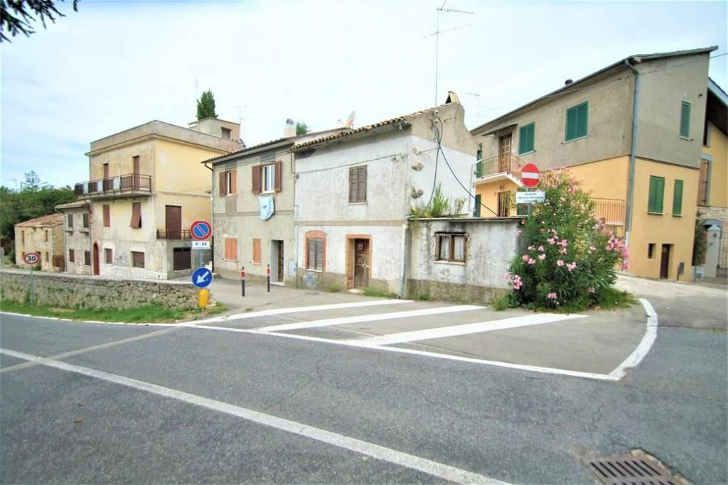 Bilocale in affitto a Torricella in Sabina in Via Del Colle