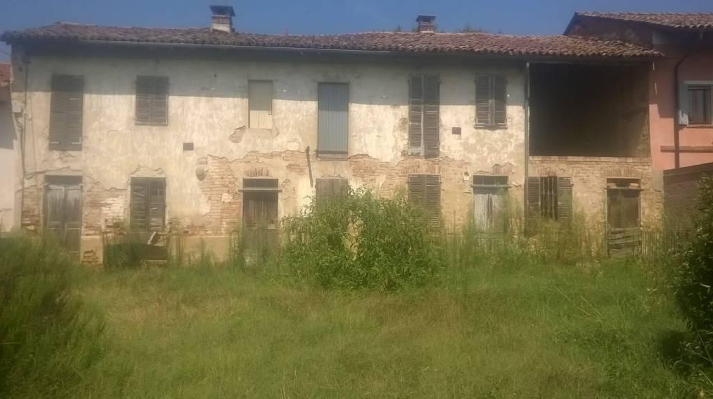 Foto 1 di Rustico / Casale Frazione vespollaro Località cascine 3, Torino
