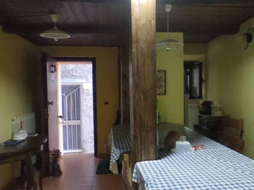 Appartamento in vendita a Fiuggi, 3 locali, prezzo € 43.000 | CambioCasa.it