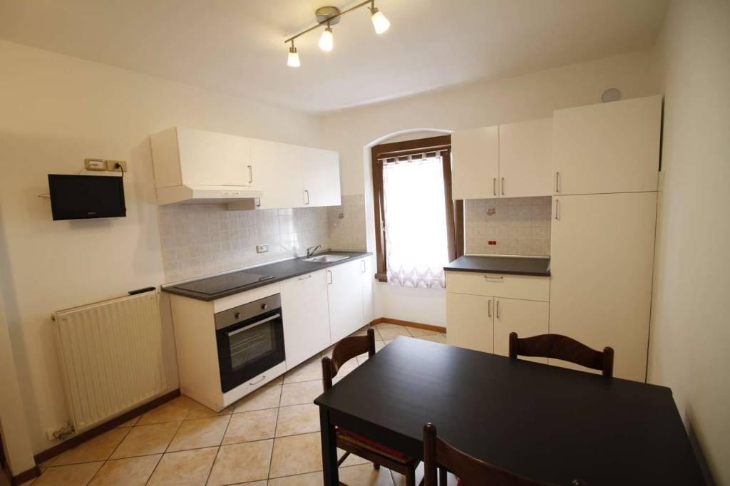 Appartamento in Affitto a Tione Di Trento Centro: 3 locali, 65 mq