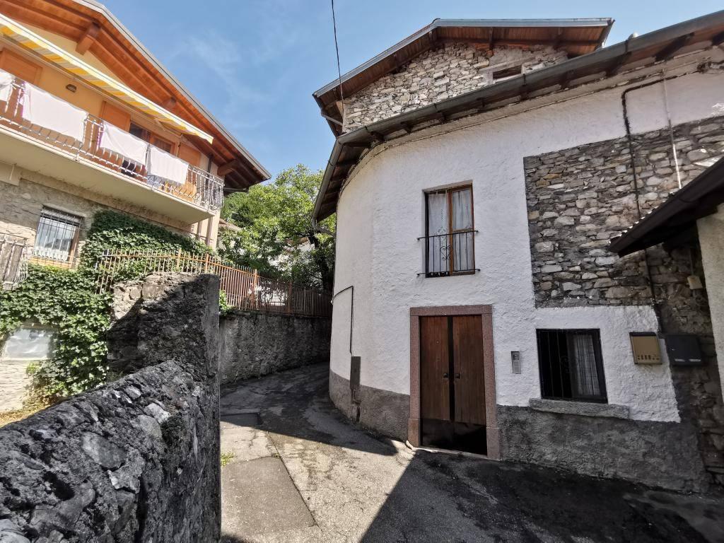 Appartamento in vendita a Blessagno, 2 locali, prezzo € 55.000 | PortaleAgenzieImmobiliari.it
