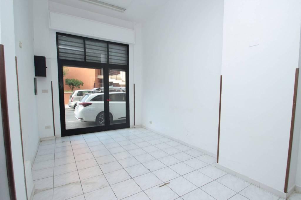 Negozio-locale in Affitto a Cefalu' Centro: 1 locali, 30 mq