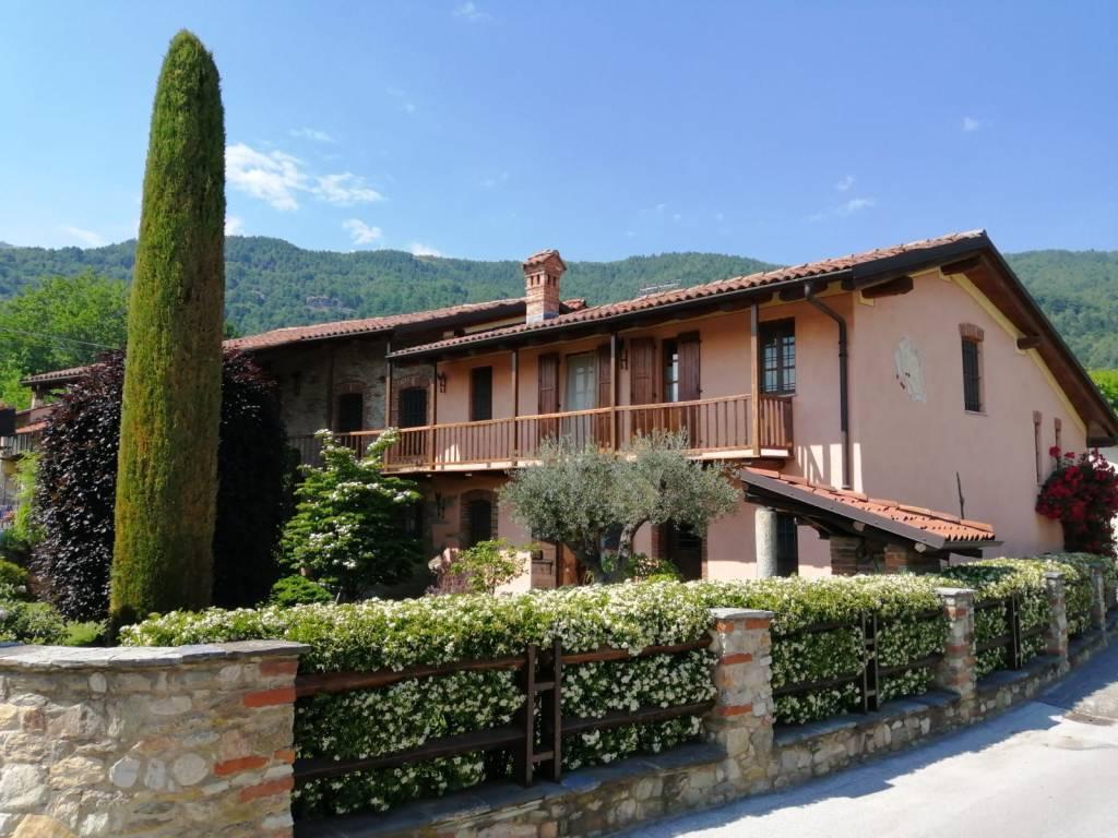 Villar S.C. fantastico casale completamente ristrutturato via Pramalle