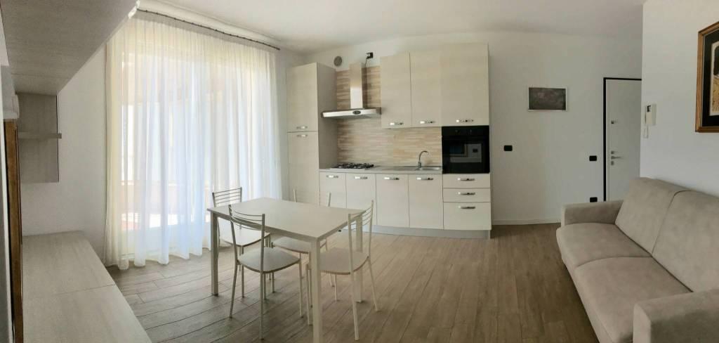 Appartamento in vendita a Sarnico, 2 locali, prezzo € 189.000 | PortaleAgenzieImmobiliari.it