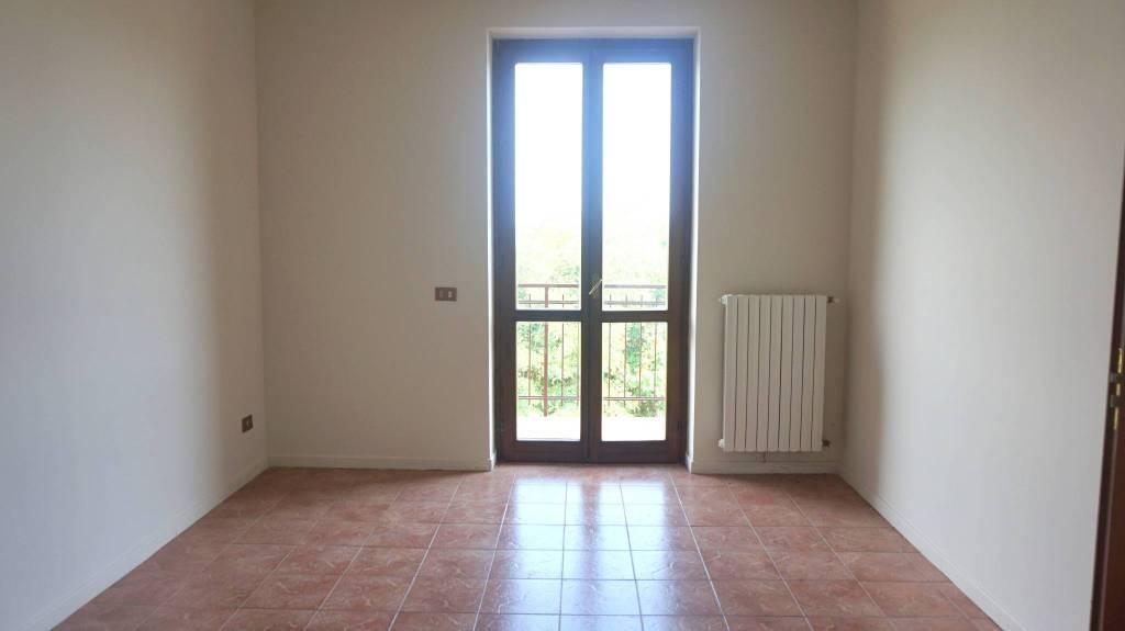 Appartamento in vendita a Offlaga, 3 locali, prezzo € 55.000 | PortaleAgenzieImmobiliari.it