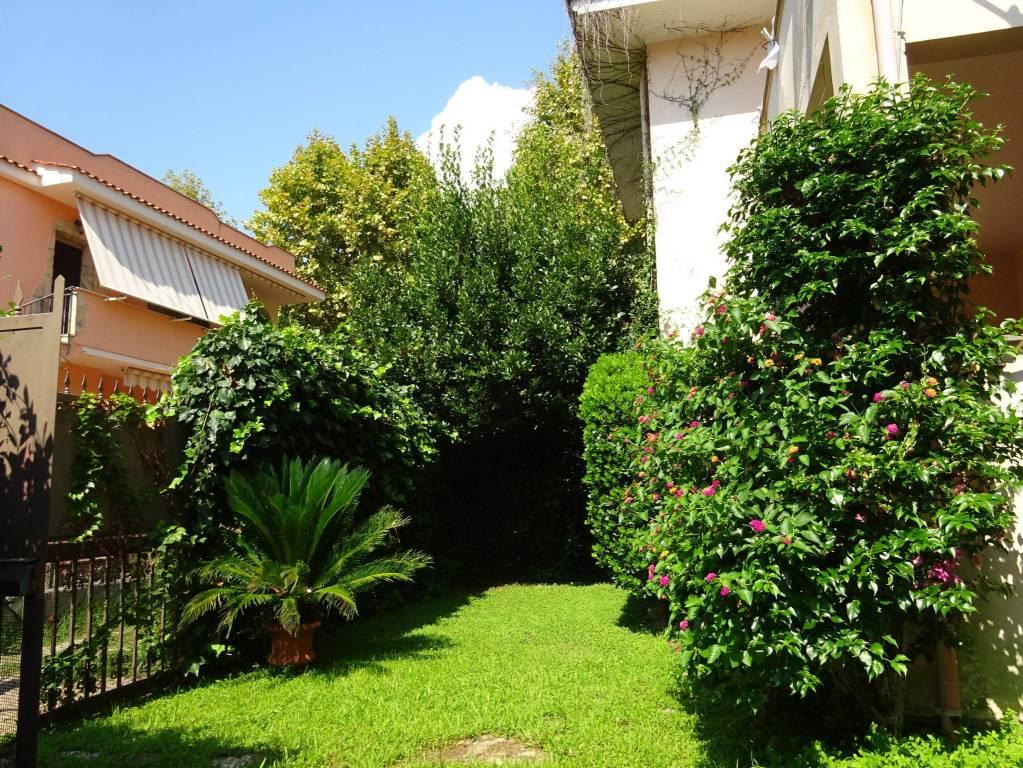 Villa a Schiera in vendita a Santa Marinella, 3 locali, prezzo € 305.000 | CambioCasa.it