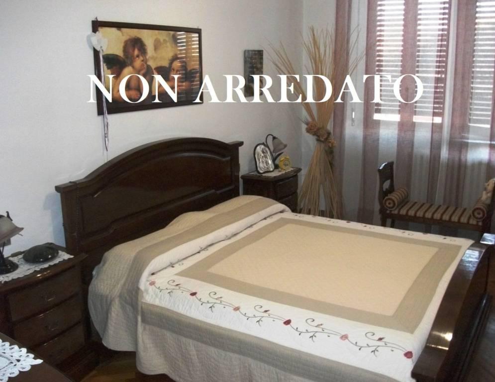 Foto 1 di Appartamento via Guttuari 34, Asti